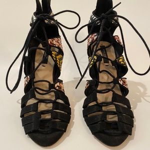 Zara Strappy Heels - Sz 36/6 - New, Never Worn 💥